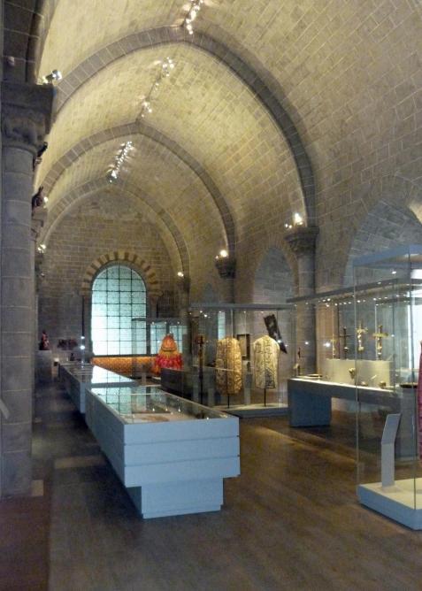 Figure 1, Vue de la Salle des Etatsdepuis l'entrée.